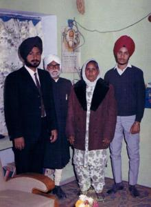 1.5 Jang Bahadur Gill, Prof. Piara Singh Gill, Charanjit Kaur & Raj Shergill - Jalandhar, India - December, 1969