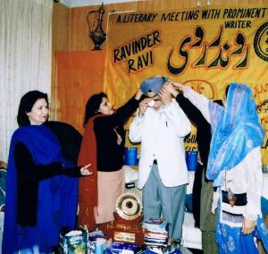 4. Ravinder Ravi being honoured with Gold Medal by  Rukhsana Khan & Dr Shehnaz Muzammal,  - Lahore, Pakistan, Jan. 22, 2006