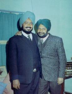 1.4 Ravinder Ravi & Dr. Surjit Singh Sethi - Jalandhar, India - December, 1969 - Photo by Jang Bahadur Gill (2)