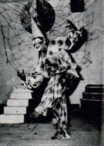 8. Beemaar Sadi - First Performance Picture 1976 - MASKHARA - Rajinder Bilas - Punjabi University, Patiala, India - Copy (2)
